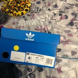 adidas Shoes - Adidas deerupt runner j kids 4.5 womens 6-6.5